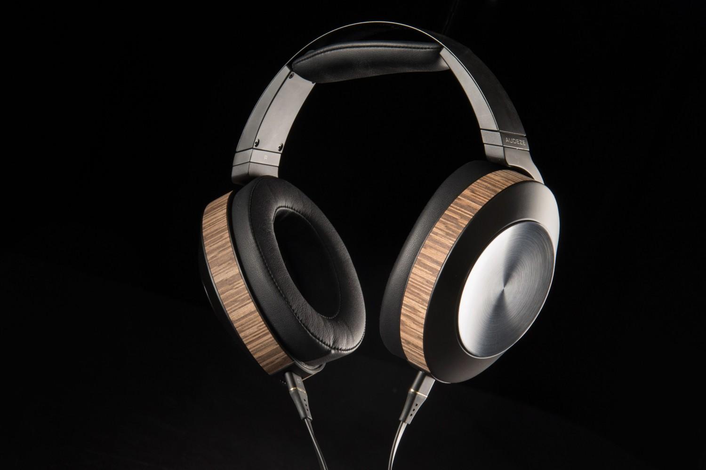 HiFi AUDEZE EL-8 TITANIUM Kopfhörer mit CIPHER-Lightning-Kabel für iPhone, iPod und iPad - News, Bild 1