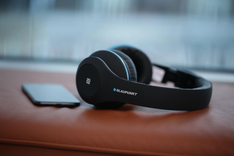 HiFi Blaupunkt HPB 20: On-Ear-Kopfhörer mit Bluetooth, Mikfrofon und NFC - News, Bild 1