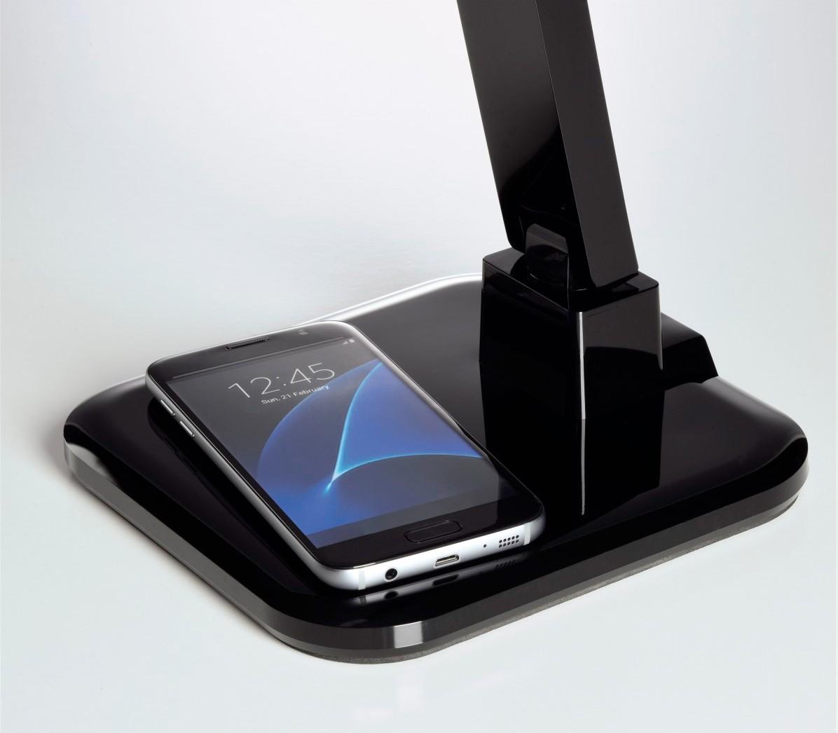 neue hama schreibtischleuchte l dt smartphones und tablets kabellos per qi bild 2. Black Bedroom Furniture Sets. Home Design Ideas