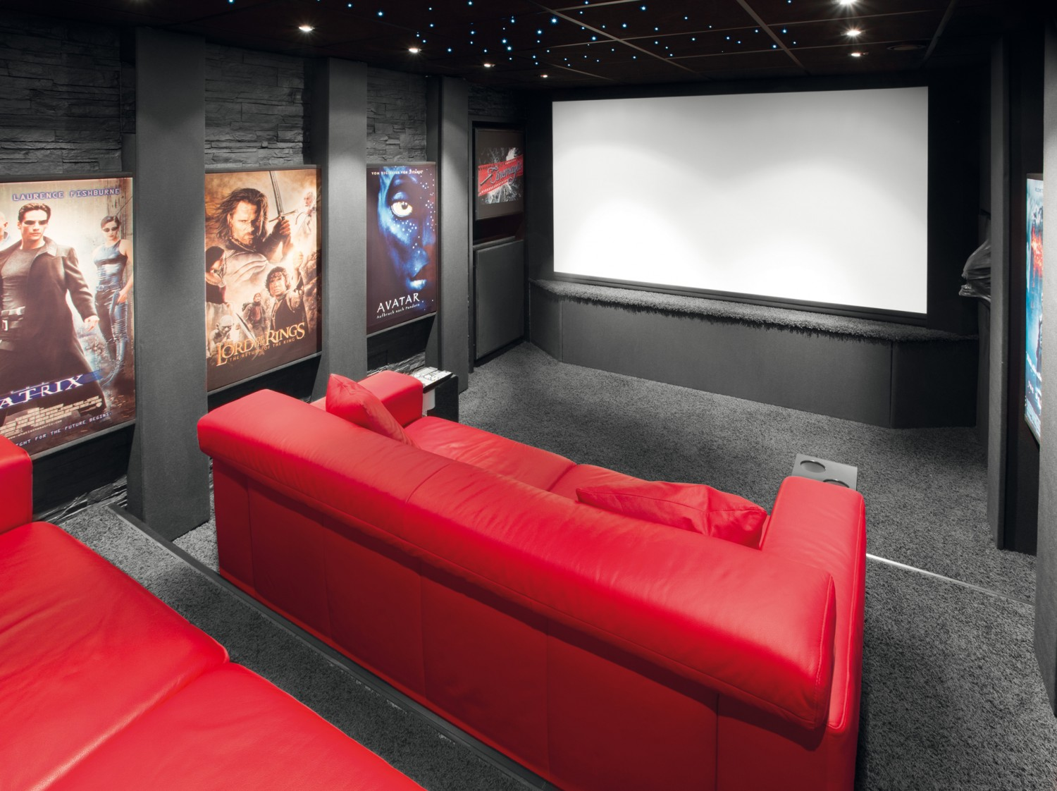 Heimkino LESERKINO (11) Cinemagic - High-End-Kellerkino mit exzellentem Klang  - News, Bild 1