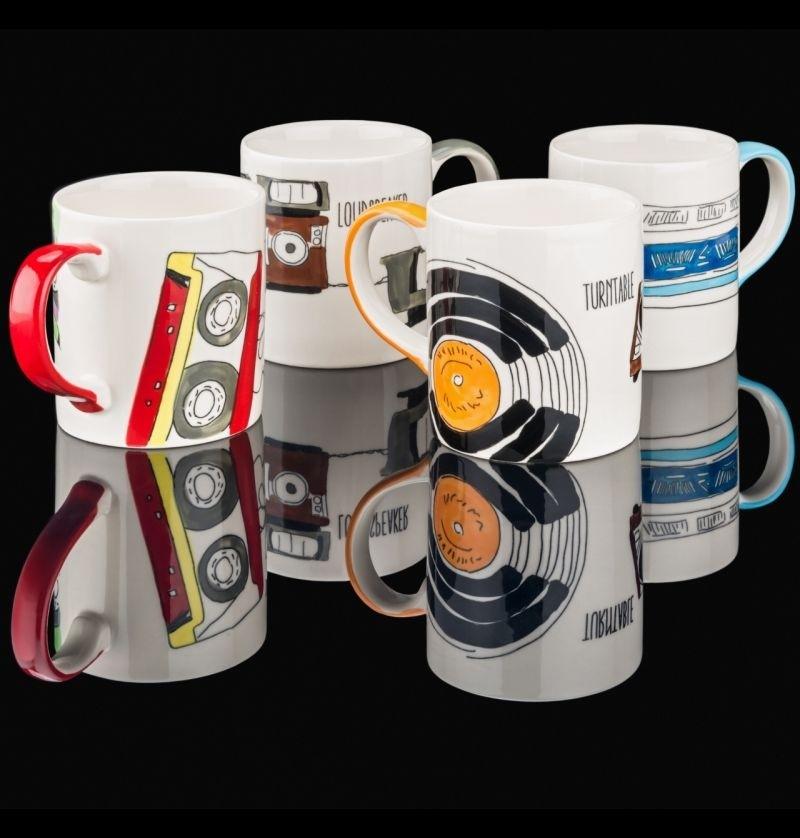 HiFi Jetzt auch bei Amazon: Limitierte Tassen mit Hifi-Motiven - Handbemalt und spülmaschinenfest - News, Bild 1