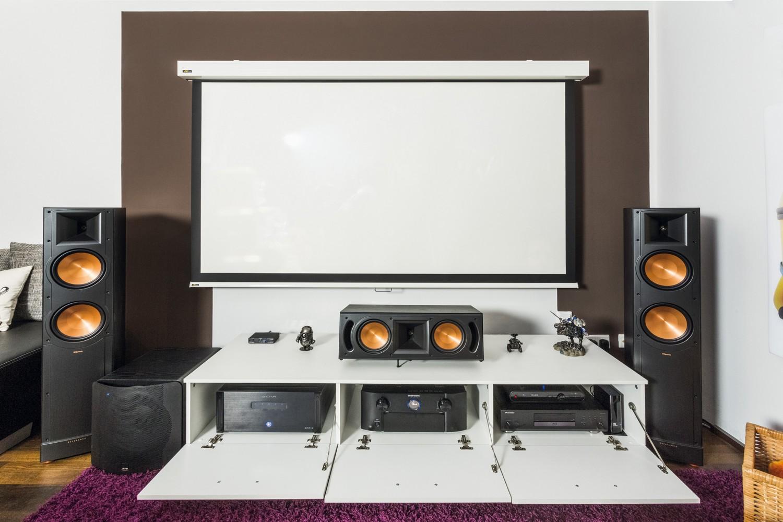"""LESERKINO (20): Minion Lounge - 20.20-Wohnzimmerkino im """"Philmpalast"""""""