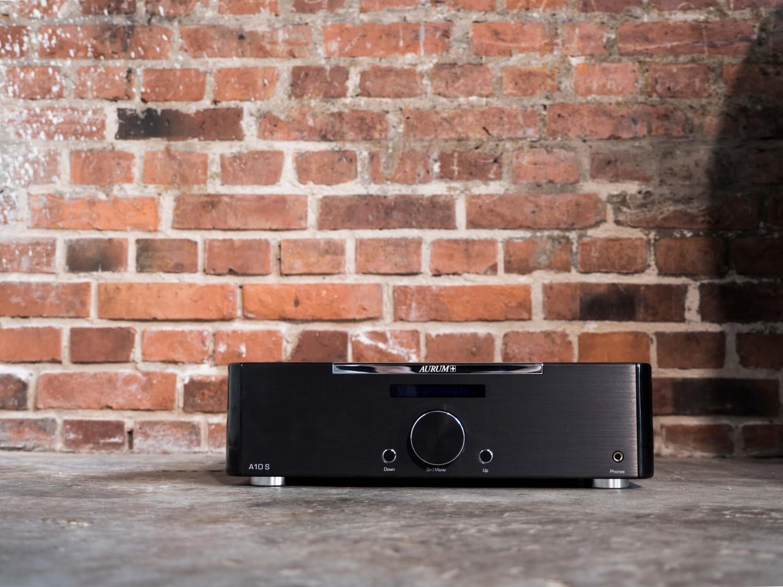HiFi Streaming-Vollverstärker A10S von Quadral für die Premium-Serie AURUM - News, Bild 1