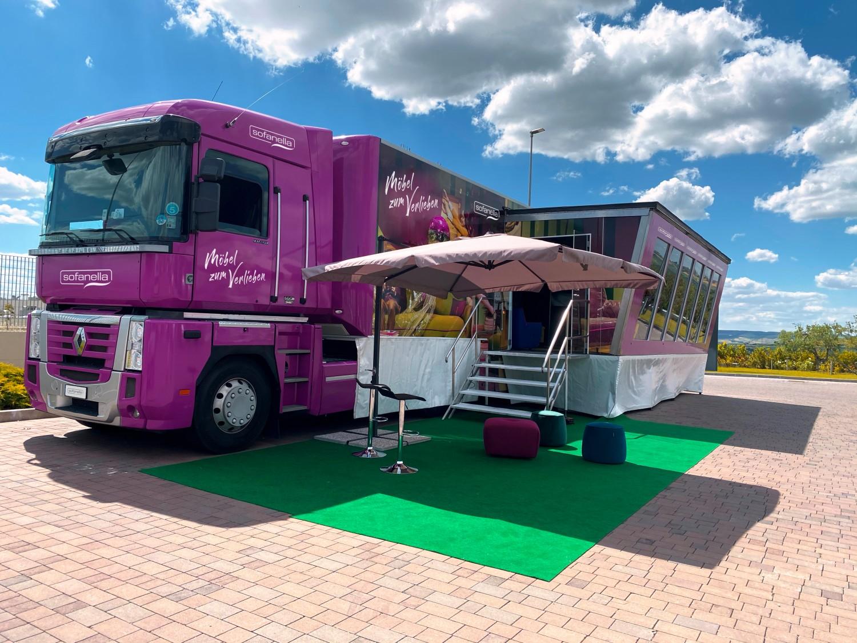 Heimkino Sofanella-Truck tourt durch Deutschland - News, Bild 1