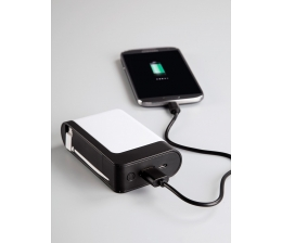 hama-mobile-devices-genug-strom-fuer-zwei-hama-powerbank-betankt-smartphone-duo-parallel-10820.jpg