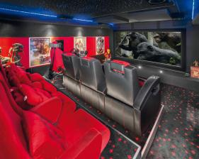 heimkino-leserkino-8-atmosphere-dolby-atmos-filmtheater-versprueht-puren-luxus-9060.jpg