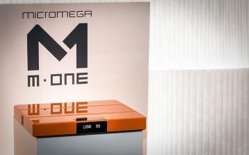 micromega-hifi-der-kann-alles-micromega-mone-ist-streamingplayer-und-vollverstaerker-in-einem-geraet-10546.jpg