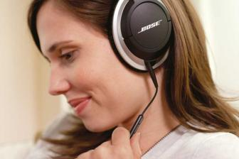 mobile Devices Bose AE2i Audio Headphones - News, Bild 1