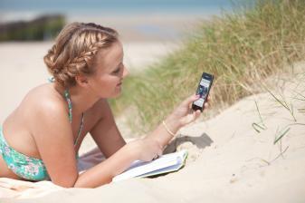 mobile-devices-internetnutzer-lesen-online-nachrichten-vor-allem-auf-dem-smartphone-10658.jpg