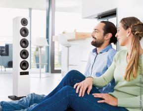 nubert-hifi-nubert-verbindet-die-audiophilen-generationen-von-der-schallplatte-zum-streamen-10550.jpg