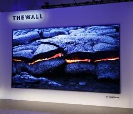 samsung-tv-ces-2018-the-wall-erster-modularer-flat-tv-von-samsung-8k-fernseher-mit-kuenstlicher-intelligenz-13674.jpg