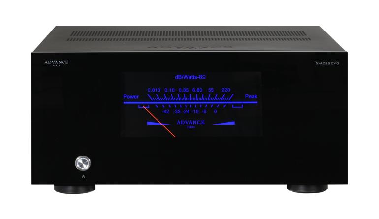 Car-Media Advance Paris mit neuer Mono-Endstufe X-A220 EVO - Acrylglas-Gerätefront - News, Bild 1