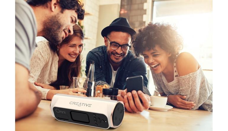 HiFi Neuer Multiroom-Lautsprecher Creative Omni ist da - Bluetooth und Spritzwasserschutz - News, Bild 1