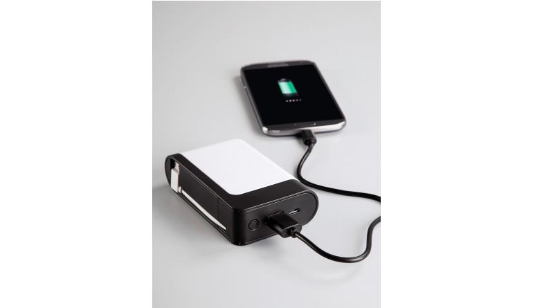 mobile Devices Genug Strom für zwei: Hama-Powerbank betankt Smartphone-Duo parallel - News, Bild 1