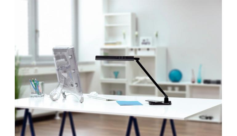 mobile Devices Neue Hama-Schreibtischleuchte lädt Smartphones und Tablets - Kabellos per Qi - News, Bild 1