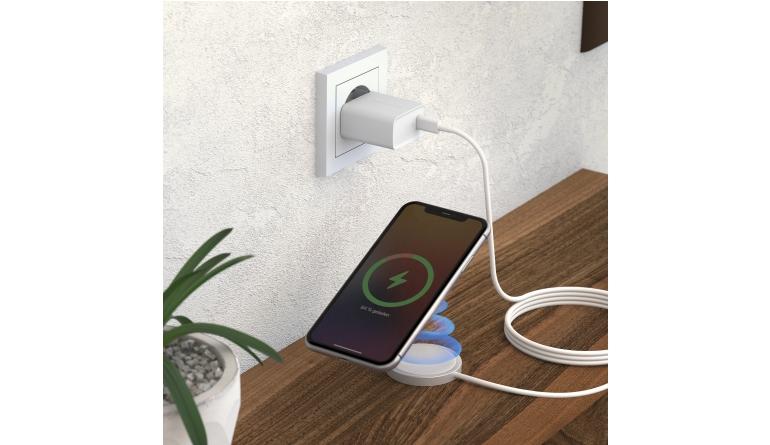 mobile Devices Schnelle Energie für das iPhone 12: RealPower-Set zum induktiven Laden - News, Bild 1