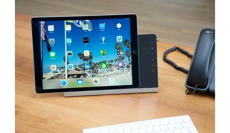 Smart Home  iRoom von Vivateq:  Universelle iPad-Tischladestation mit Steuerungsfunktionalität - News, Bild 1