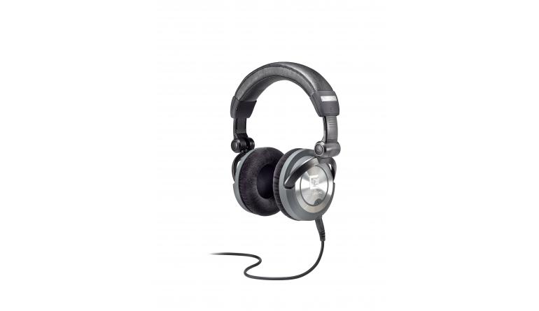 HiFi High End 2016: Distributor Synthax mit Kabeln, Kopfhörern und Lautsprecherstativen - News, Bild 1