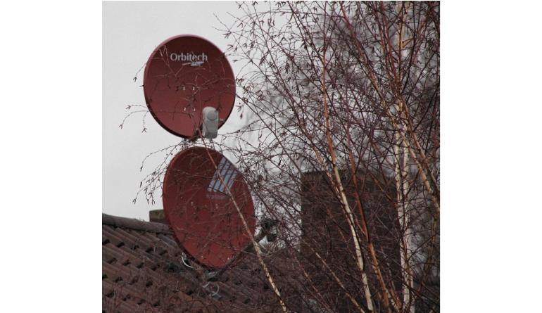 """TV Nach dem Sturm """"Sabine"""": So richten Sie Ihre Sat-Schüssel wieder richtig aus - News, Bild 1"""