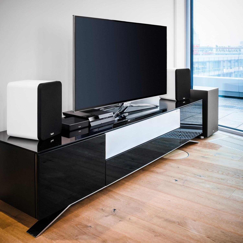 test 2 1 surroundsets teufel ultima 20 complete 2 1 set sehr gut seite 1. Black Bedroom Furniture Sets. Home Design Ideas