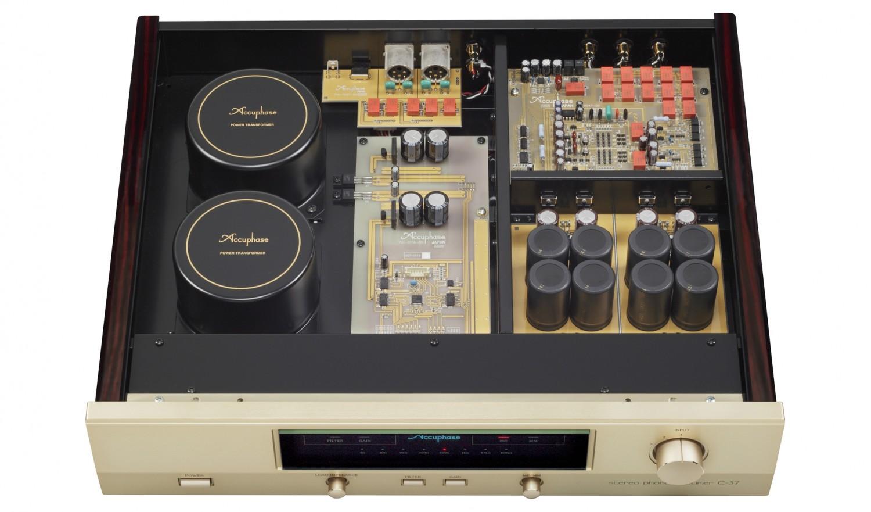 Phono Vorstufen Accuphase C-37 im Test, Bild 3