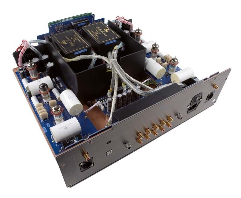 Phono Vorstufen AMR PH-77 im Test, Bild 2
