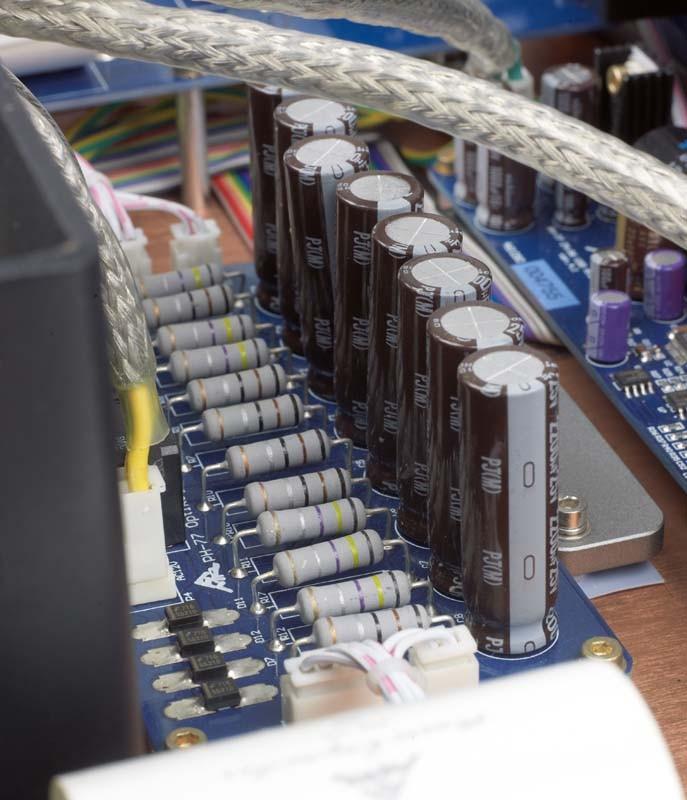 Phono Vorstufen AMR PH-77 im Test, Bild 6