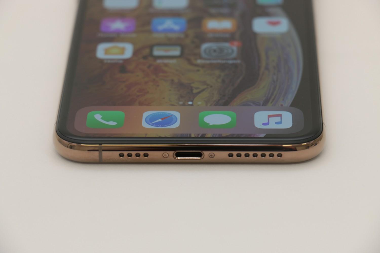 Smartphones Apple iPhone XR, Apple iPhone XS Max im Test , Bild 2