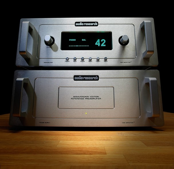 AV-Vorstufen Audio Research Anniversary Edition Reference Preamplifier im Test, Bild 1