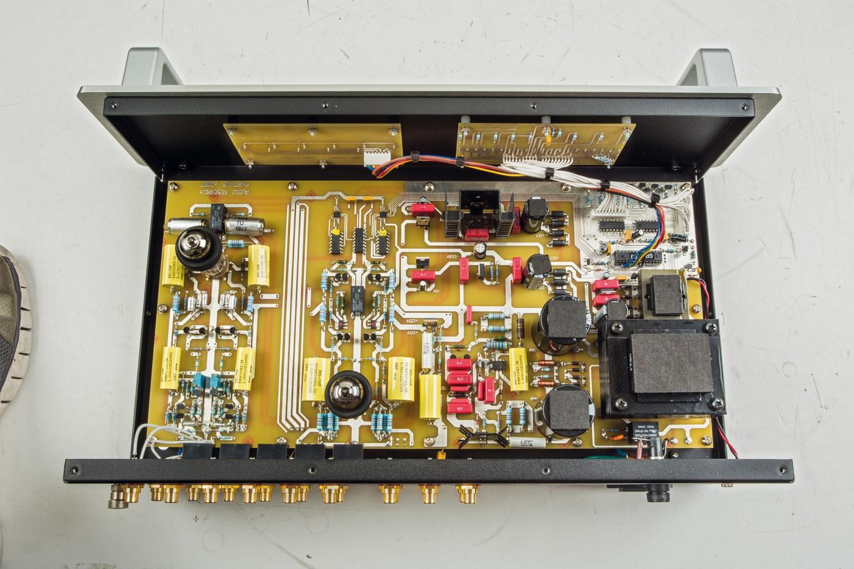 Stereovorstufen Audio Research SP17 im Test, Bild 3