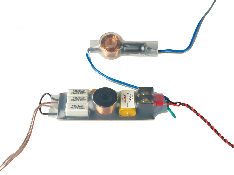 Car-HiFi Lautsprecher fahrzeugspezifisch Audio System HX200 BMW Dust Evo im Test, Bild 3