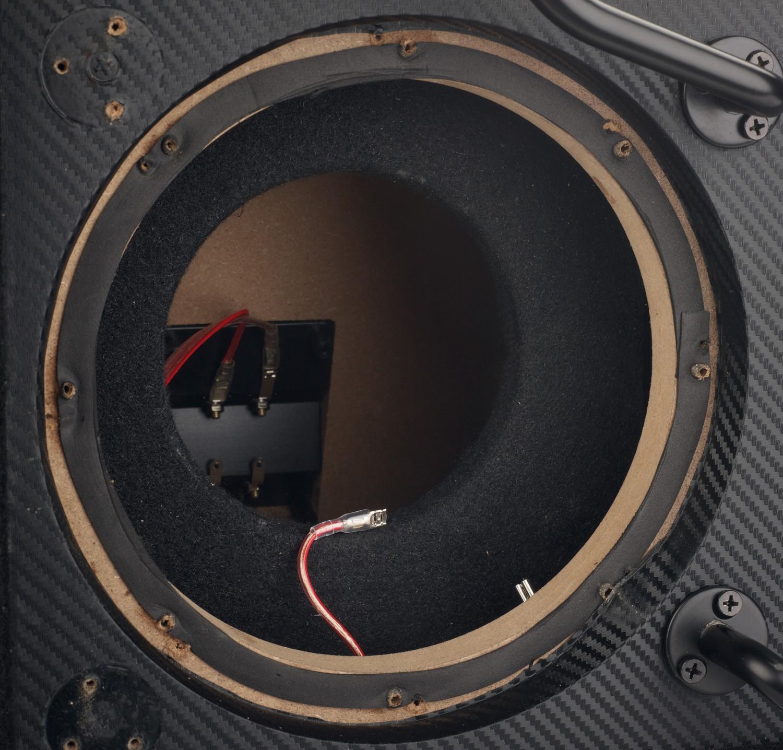 In-Car Subwoofer Gehäuse Audio System M08 Evo BR, Audio System M10 Evo BR im Test , Bild 2