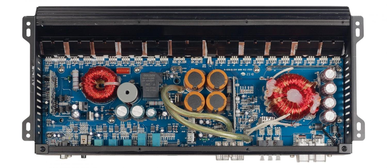 Car-HiFi Endstufe Mono Audio System R-1250.1 D 24V, Audio System R-110.4 24V im Test , Bild 3