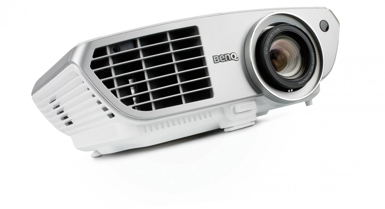 Beamer BenQ W1300 im Test, Bild 1