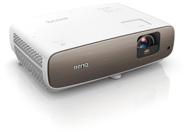 Beamer BenQ W2700i im Test, Bild 1