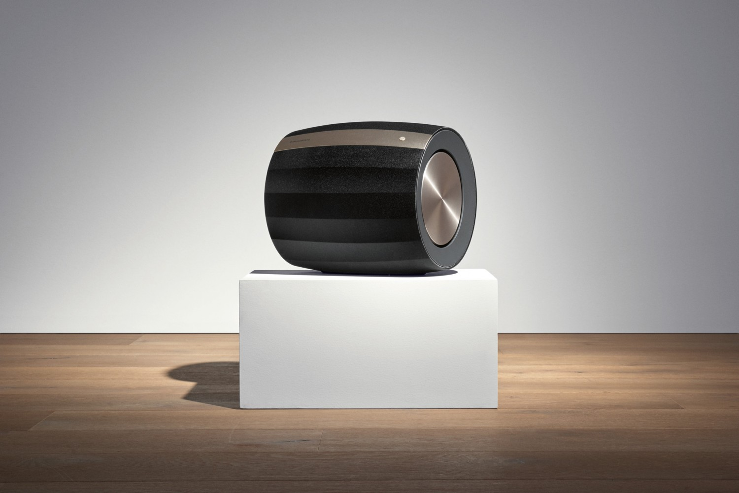 Subwoofer (Home) B&W Bowers & Wilkins Formation Bass, B&W Bowers & Wilkins Formation Bar im Test , Bild 7