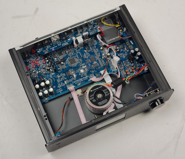 DLNA- / Netzwerk- Clients / Server / Player Cambridge Audio Azur 851N im Test, Bild 5