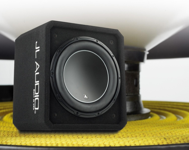 test car hifi subwoofer geh use jl audio cs112g w6v3. Black Bedroom Furniture Sets. Home Design Ideas