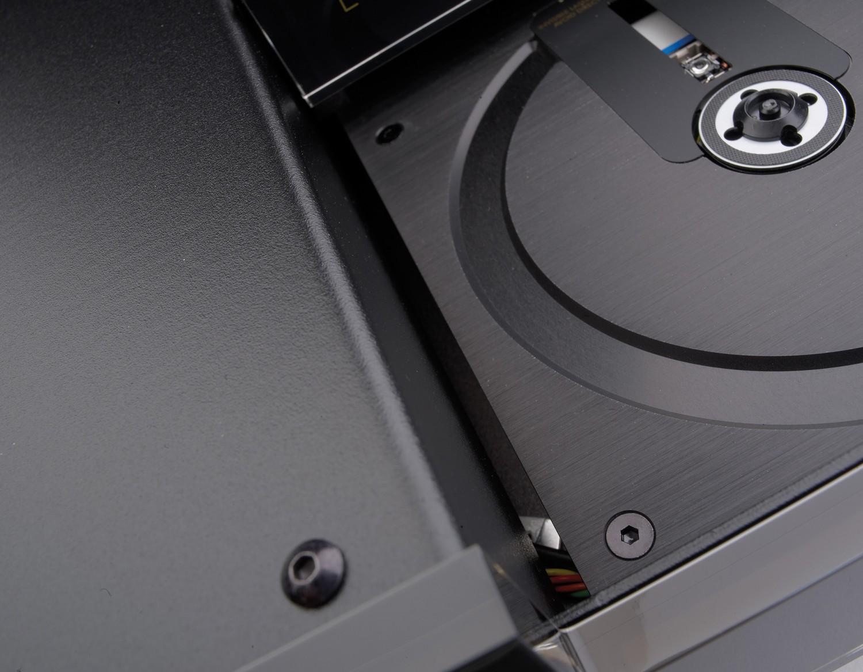 CD-Player Electrocompaniet EMC 1 Mk V im Test, Bild 2