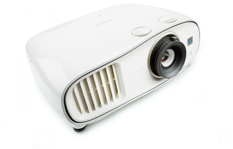 Beamer Epson EH-TW6600W im Test, Bild 1