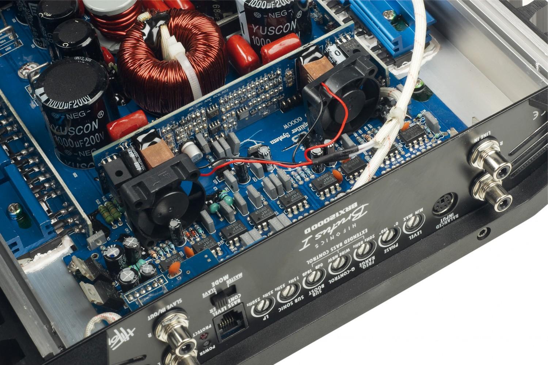 Car-HiFi Endstufe Mono Hifonics BRX12000D im Test, Bild 3