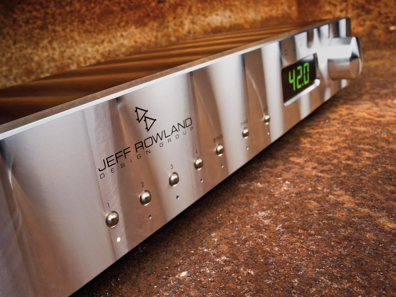 Stereovorstufen Jeff Rowland Design Group Research Capri 2 im Test, Bild 1