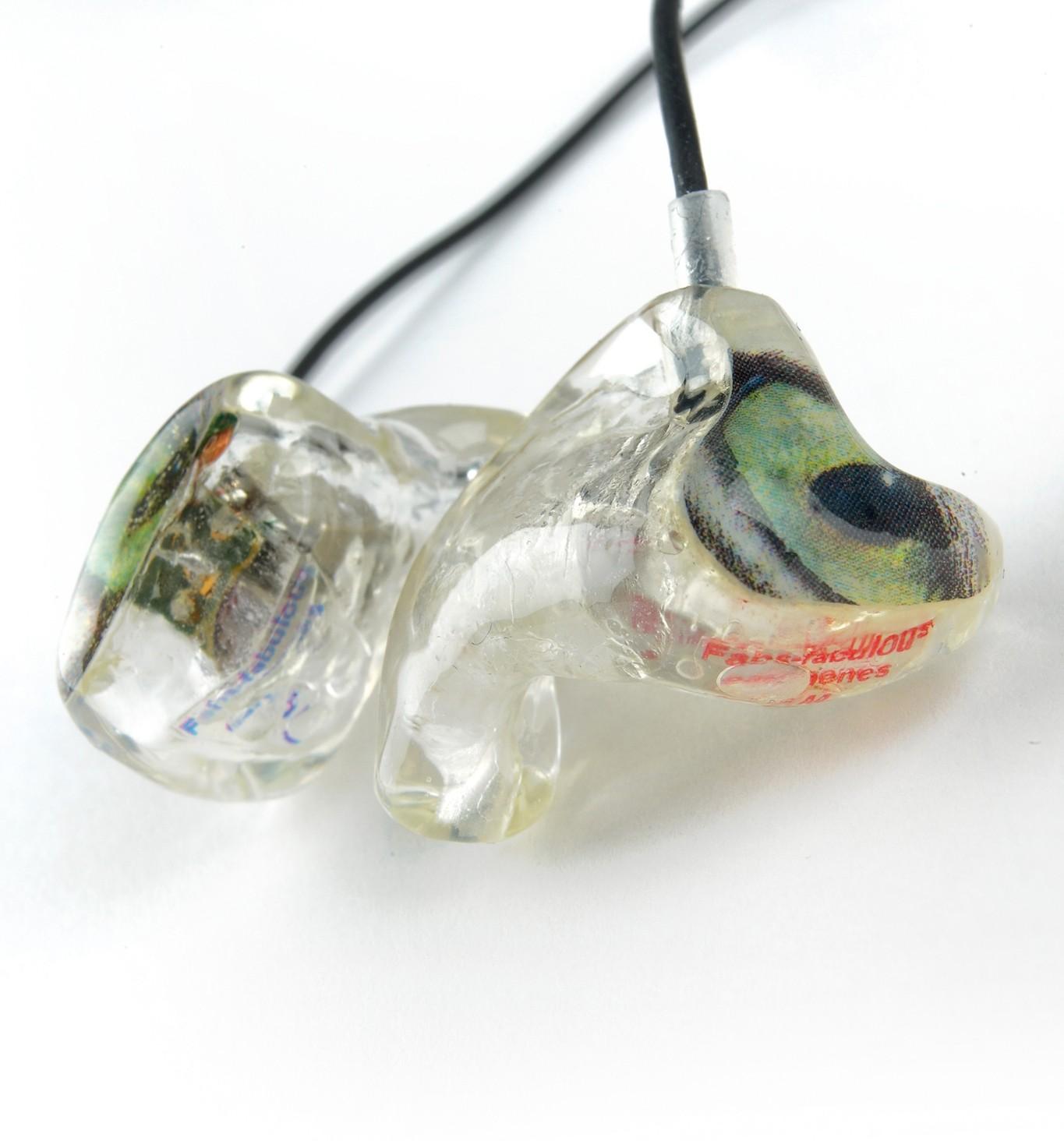 test kopfh rer inear fabulous earphones dual basic. Black Bedroom Furniture Sets. Home Design Ideas