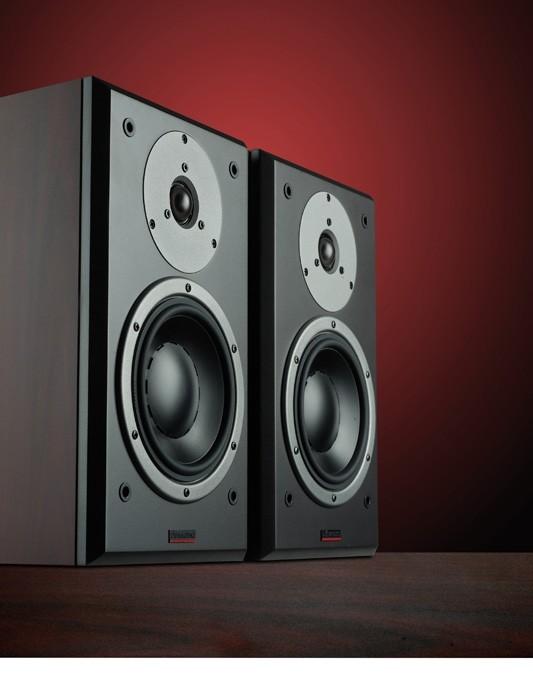 test lautsprecher stereo dynaudio dm 2 7 sehr gut. Black Bedroom Furniture Sets. Home Design Ideas