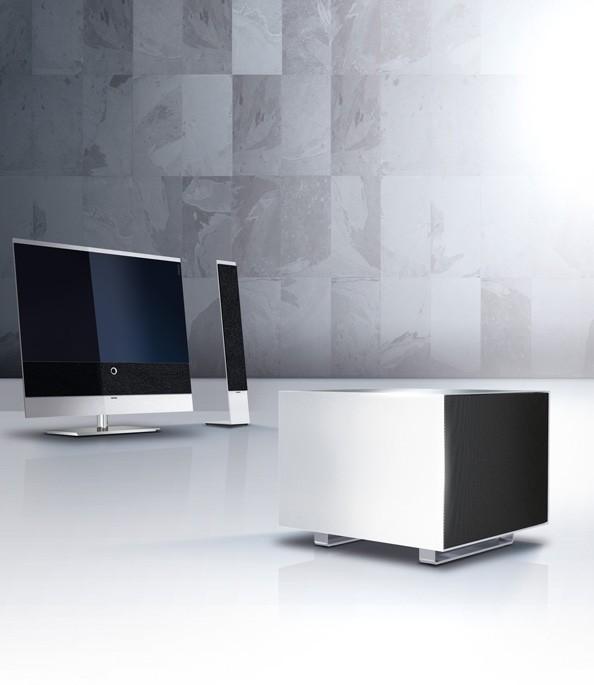 test fernseher loewe reference 52 sehr gut seite 1. Black Bedroom Furniture Sets. Home Design Ideas