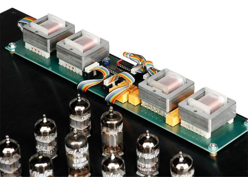 Röhrenverstärker MalValve preamp four line im Test, Bild 3