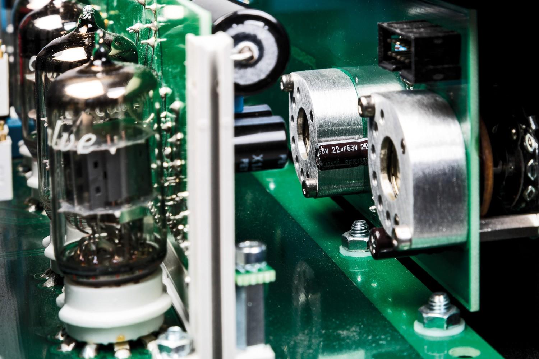Phono Vorstufen MalValve preamp three phono im Test, Bild 3