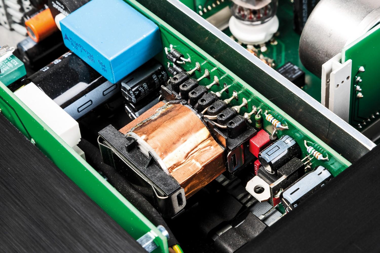 Phono Vorstufen MalValve preamp three phono im Test, Bild 5
