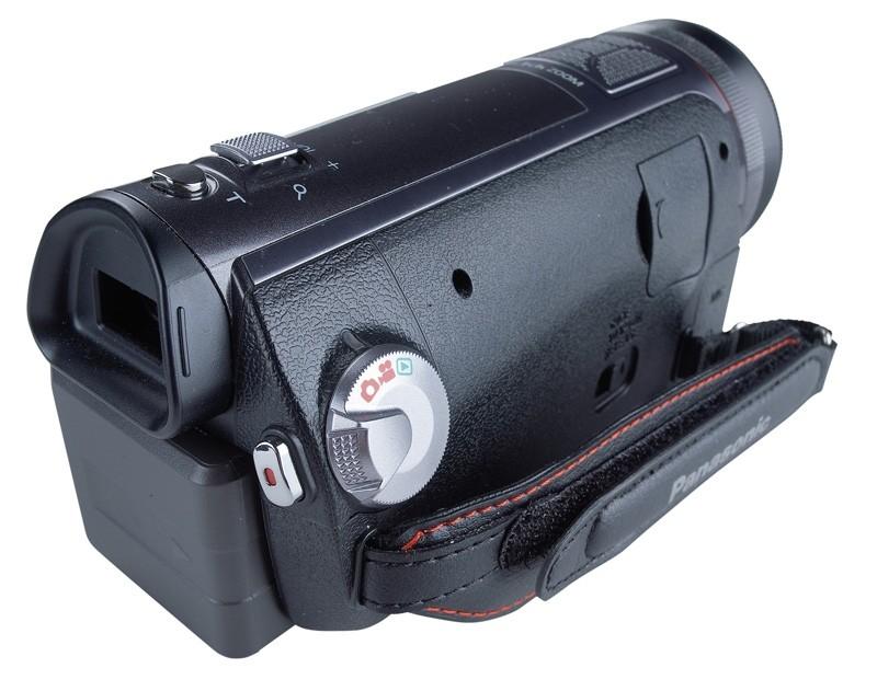 Camcorder Panasonic HDC-SD707 im Test, Bild 2
