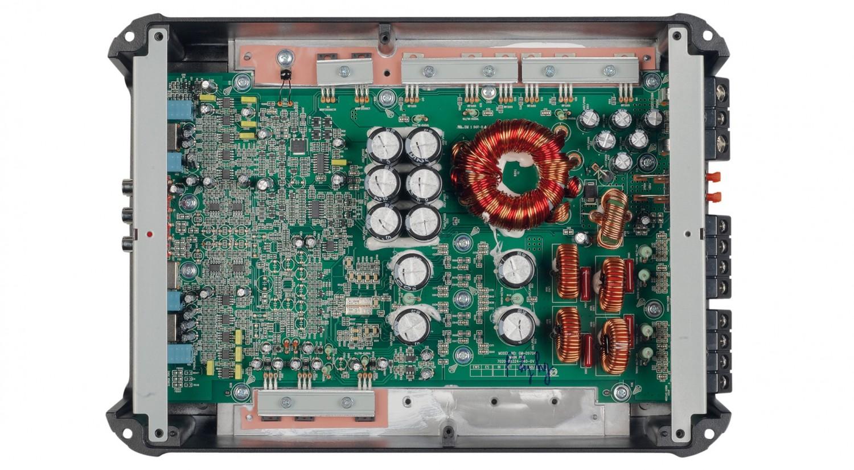 Car-HiFi Endstufe 4-Kanal Pioneer GM-D9704 im Test, Bild 2